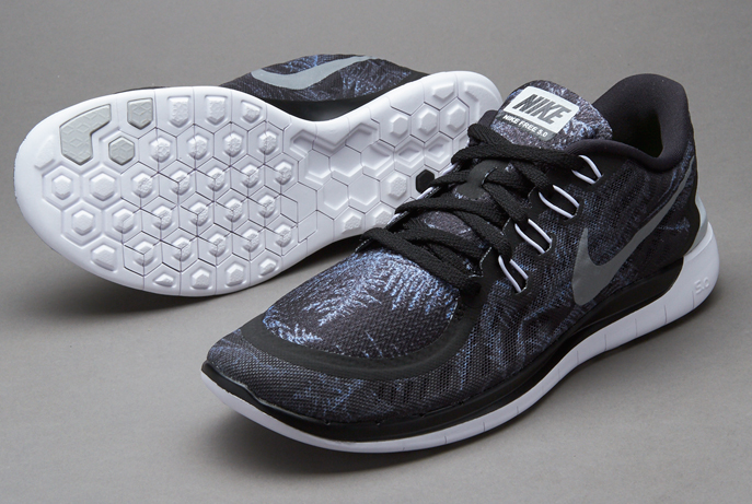 774ee6d62454 Nike Free 5.0 Solstice  Black Reflect Silver - Pure platium (Crystal ...