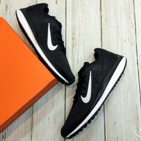 Nike Winflo 5 Air Zoom- Black/ White AA7406-001