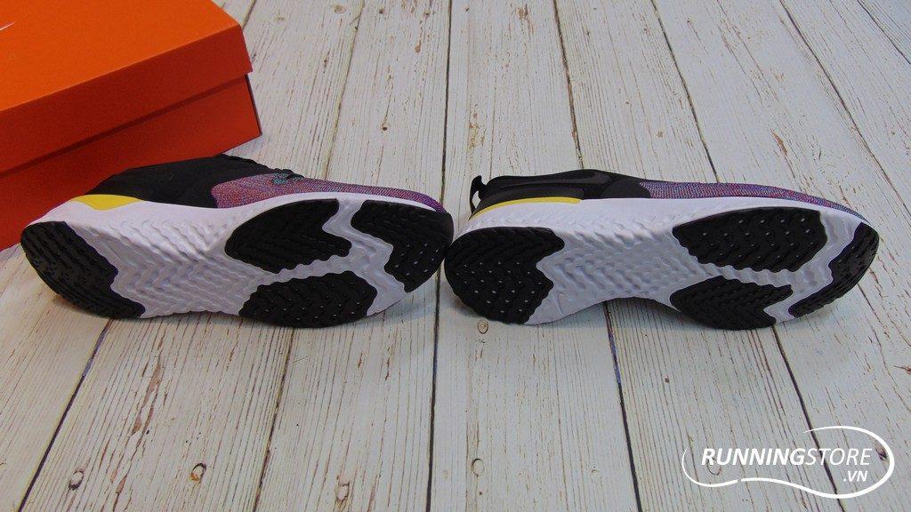 Nike Odyssey React Flyknit 2 - Black/Black/ University Red- AH1015-005
