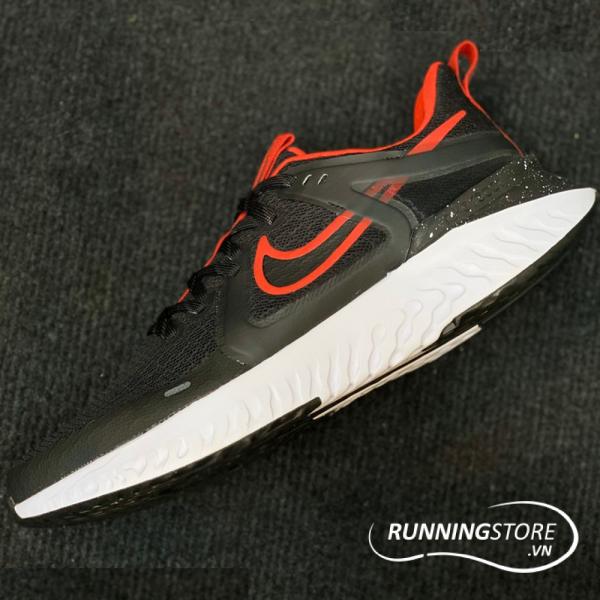 Nike Legend React 2 - Black/ Black-University Red Noir/ Universite Rouge - AT1368-005